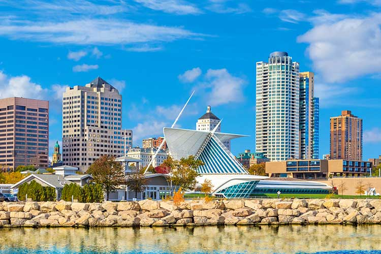 milwaukee_wisconsin_skyline