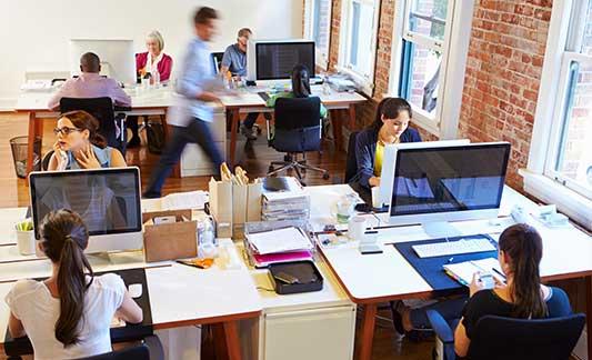 busy_office_using_ecm